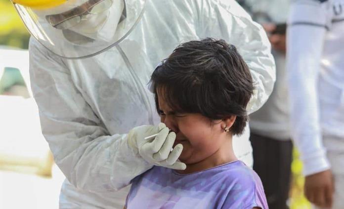 México supera 15,000 contagios en un día