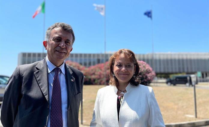 México evalúa producir la futura vacuna italiana ReiThera contra covid-19