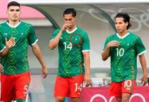 Tri Olímpico, con error en uniforme; bordan bandera de México al revés en la playera de Érick Aguirre