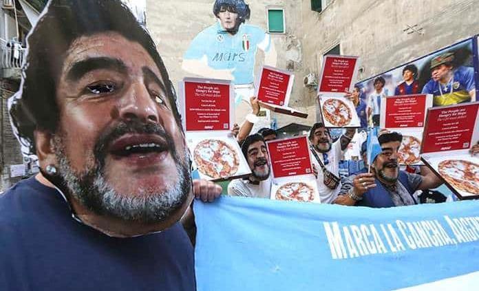 Protestan con máscaras de Maradona en el G20 de Nápoles para pedir a países ricos que paguen su deuda ecológica