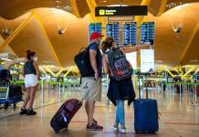 Lagarde alerta que variante delta puede obstaculizar recuperación del turismo