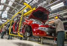 Escasez de chips para autos seguirá en 2022