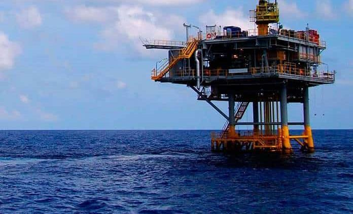 Petróleo mexicano repunta 3.20 dólares