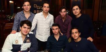 CONVIVEN SOCIOS DE LA LONJA