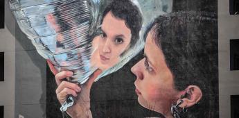 Martín Ron, el artista argentino que inspira con sus murales hiperrealistas
