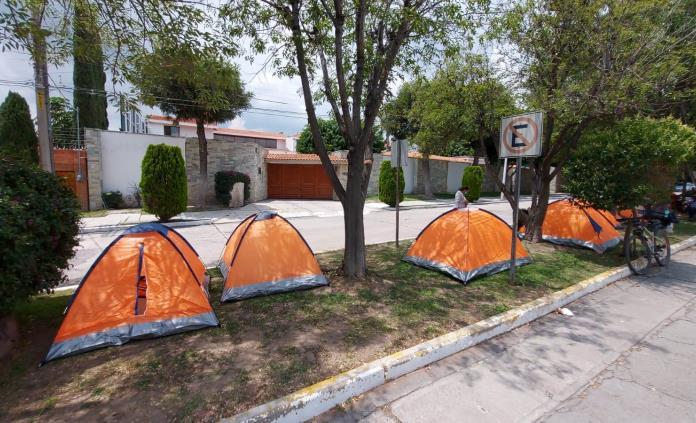 Mantiene el SITTGE sus protestas en Carranza y Casa de los Gobernadores