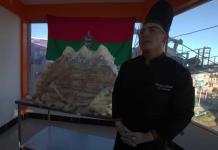 Un profesor y sus estudiantes presentaron el pastel más alto de Bolivia