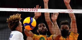 Jugadores de voleibol de Brasil toman COVID-19 muy en serio