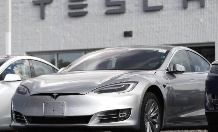 EEUU abre investigación formal sobre el Autopilot de Tesla
