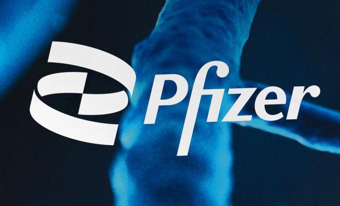 Pfizer inicia fase 2 de ensayo clínico con pastilla anti COVID en más de mil personas