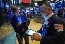 Wall Street y otras bolsas abren a la baja por miedos a posible caída de Evergrande