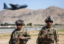 Los talibán deben dejar salir del país a quien quiera tras la retirada, dice EEUU