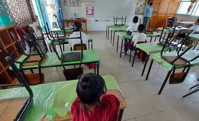 Próximo lunes retornan a clases presenciales 22 municipios de Hidalgo