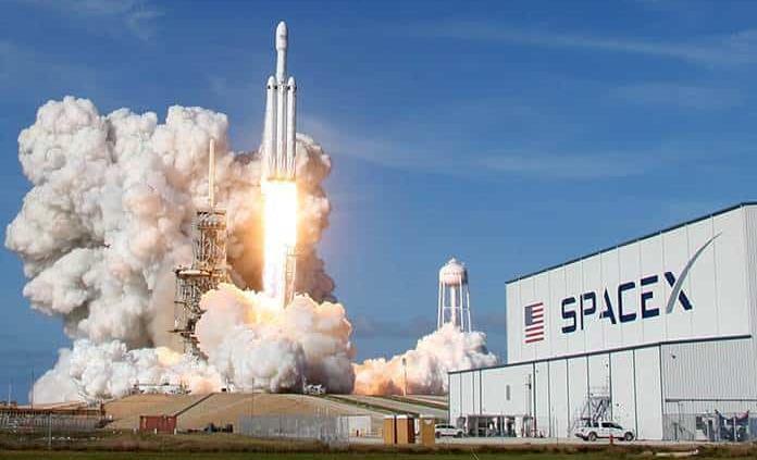 NASA adjudica a Blue Origin y SpaceX contratos del programa Artemis a la Luna