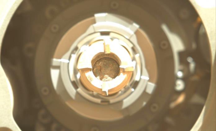 Sonda de la NASA habría recolectado muestra de roca de Marte