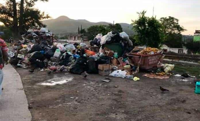 Reanudan servicio de recolección de basura