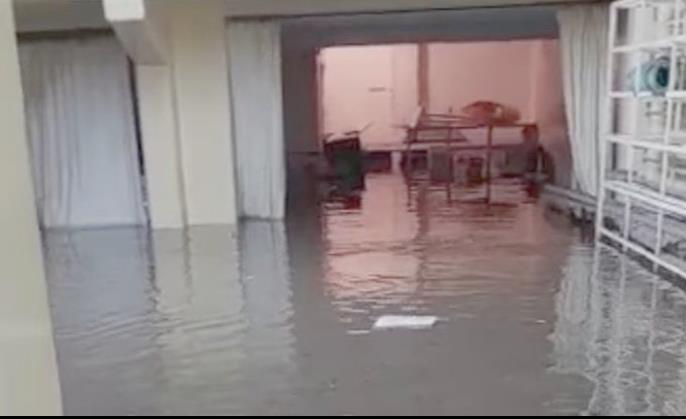 Comerciantes de Tula inician censo de pérdidas por inundación
