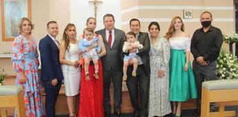 José Mateo y José Matías reciben el bautismo