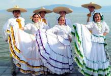 Seis trajes típicos mexicanos que cautivan con su belleza