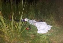 Hombre muere al caer de su motocicleta