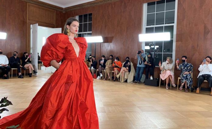 Carolina Herrera celebra sus orígenes en la pasarela de Nueva York