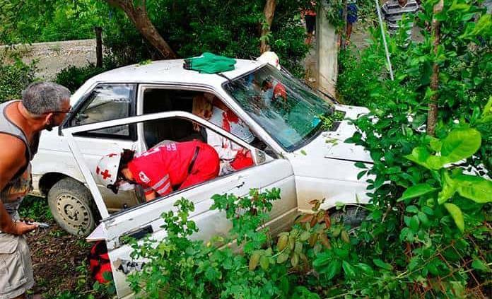 Hombre herido en un accidente automovilístico