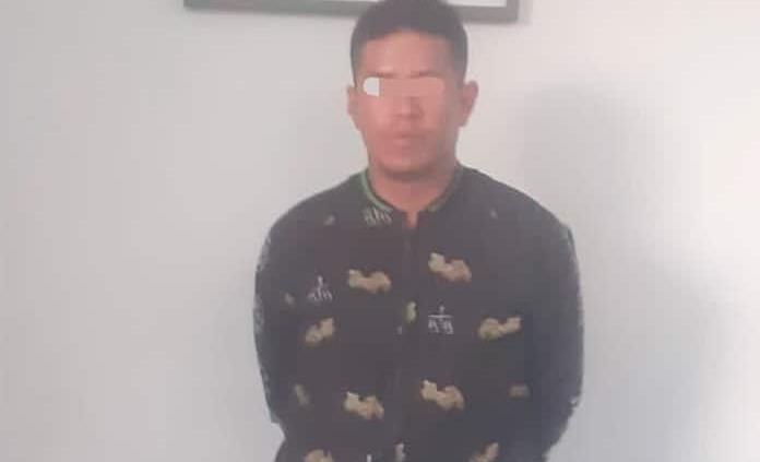 Intenta robar pantalla de un motel, detenido