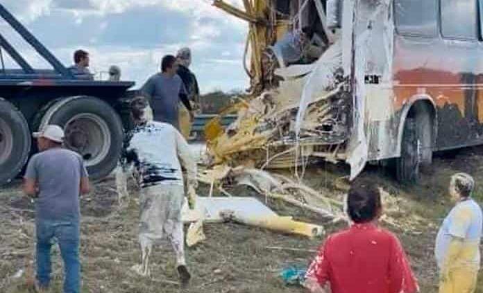 Un muerto y 8 heridos, saldo de accidente