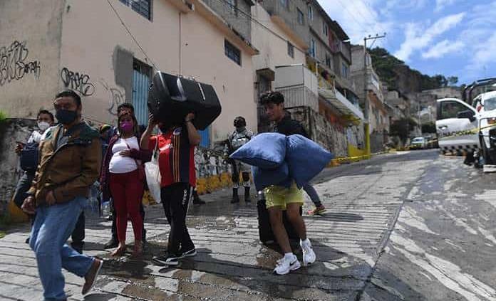 Identifican a 240 mil habitantes en riesgo en Cerro del Chiquihuite, Edomex