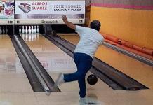 GM Dental sigue líder en torneo de boliche