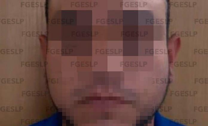 Detienen a hombre por probable tentativa de feminicidio