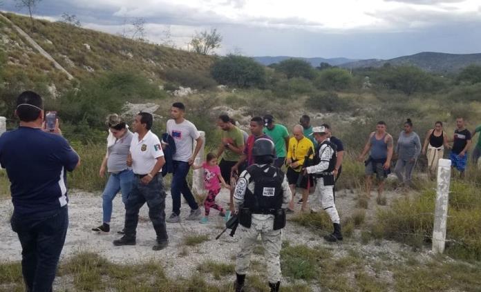 Plagiarios abandonaron a 38 secuestrados en Matehuala