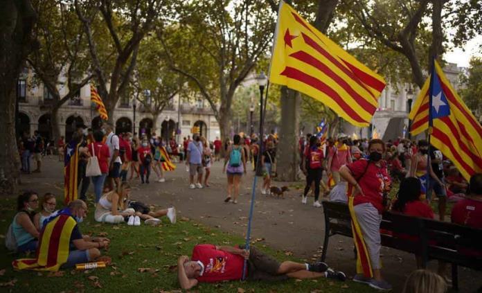 Diálogo con España ahonda división entre partidos catalanes