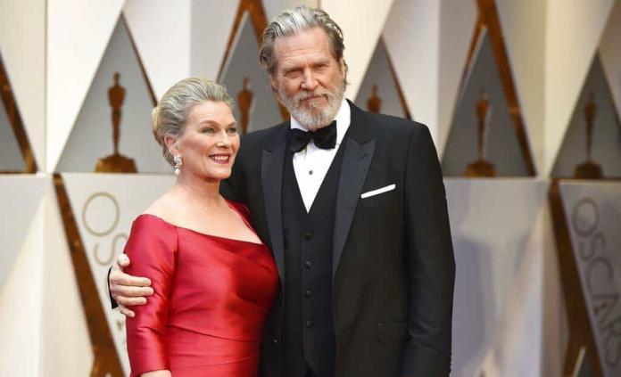 Jeff Bridges dice que tumor se redujo, padeció COVID