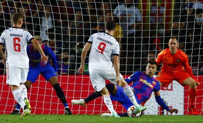 El Barça no puede con un Bayern muy superior