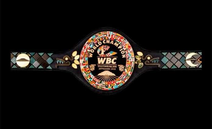 Presentan cinturón teotihuacano que disputarán Canelo y Caleb Plant