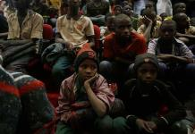 Liberan en Nigeria a 75 jóvenes estudiantes