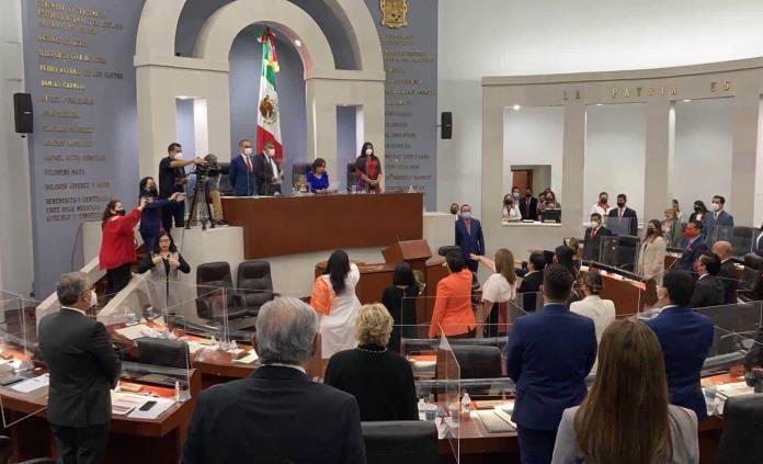 Solo mujeres, en primera mesa directiva de la LXIII Legislatura