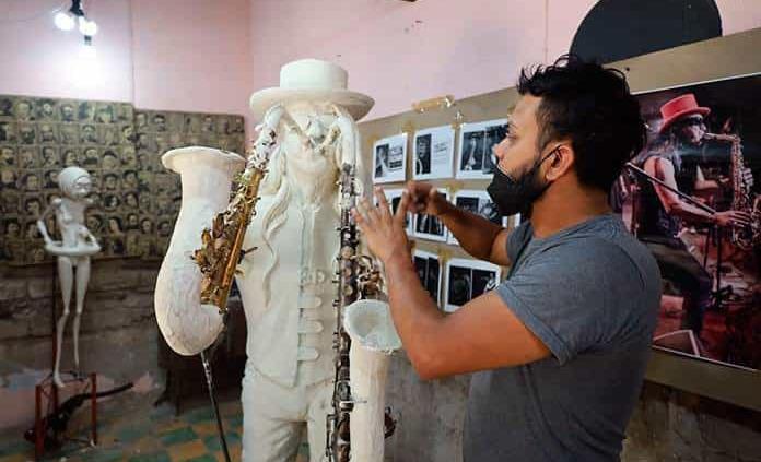 "Ya está lista, escultura en honor al ""Sax"""