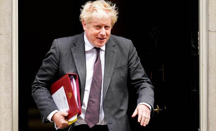 Boris Johnson suelta lastre y deja caer a sus ministros más impopulares