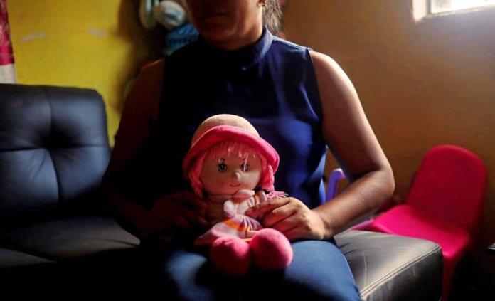 Condenan a primer maestro por abuso sexual de 22 niñas indígenas en Guatemala