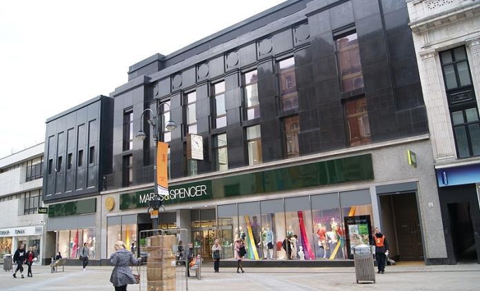 Marks & Spencer culpa al Brexit por cierre de 11 tiendas