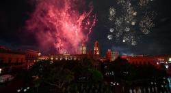 Sin gente en la Plaza de Armas, Carreras da su último grito de Independencia