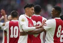 Ajax con Edson Álvarez propinó humillante goleada 9-0 al Cambuur