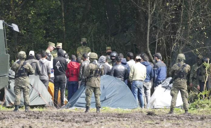 Polonia envía más tropas a su frontera con Bielorrusia