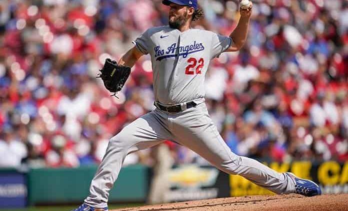 Clayton Kershaw logra su 1er. triunfo desde junio con Dodgers