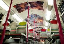 París lleva sus museos al tren de cercanías (FOTOS)