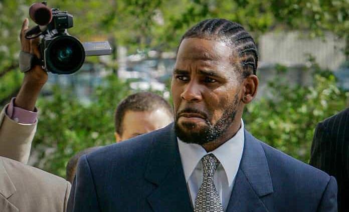 El cantante R. Kelly es declarado culpable de tráfico sexual