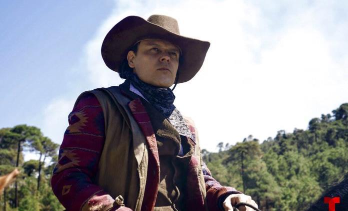 Pedí permiso a Malverde para personificarlo: Pedro Fernández