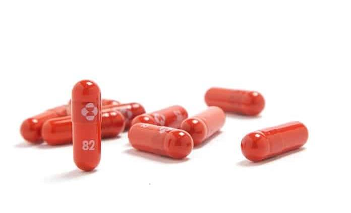 Merck anuncia que su pastilla de covid-19 reduce riesgo de muerte en un 50 %